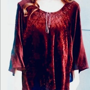 Angie velvet beaded top S